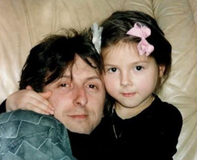 Нюша Шурочкина биография личная жизнь семья муж дети  фото